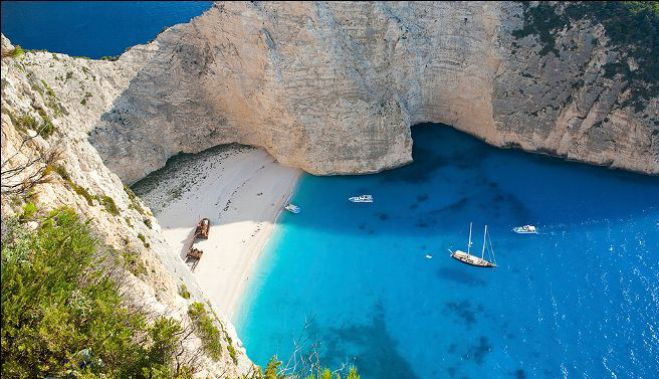 zakinthos single men Welcome to a world of luxury holidays, whether you are looking for a villa for rent, a property to buy , a hotel getaway or sailing on a private yacht.