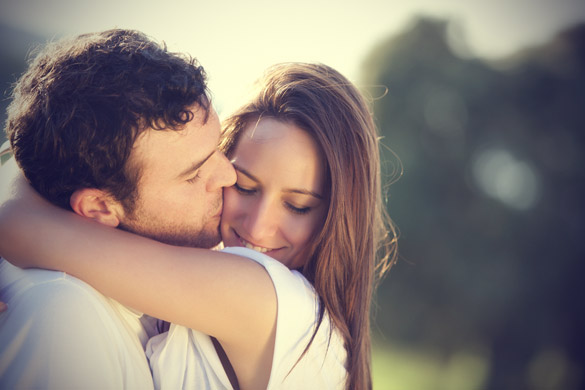 7 Signs that she will love you until your last breath