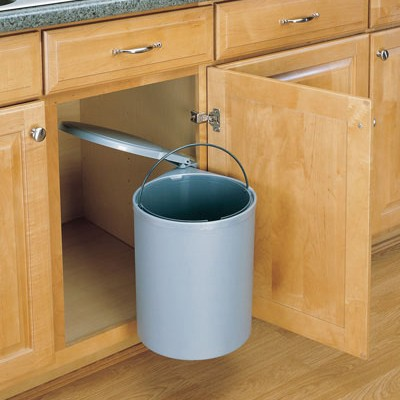 5 good reasons not to have a bin built into the kitchen cabinet
