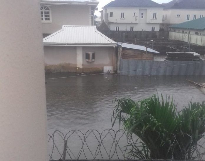 HOW A DOCTOR NEARLY DIED DURING RECENT LEKKI FLOOD (MUST READ, THIS MAY SAVE YOUR LIFE)