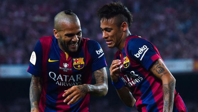 Alves begs Neymar to join PSG