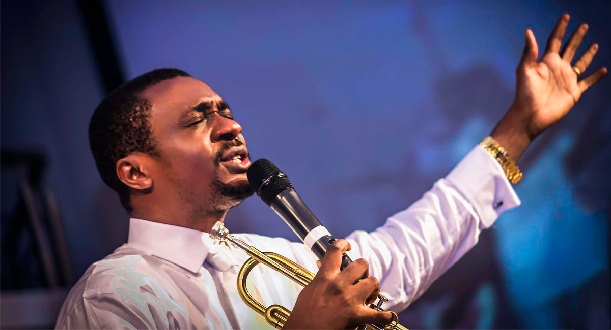 """""""Please ignore any fake news about an accident""""- Nathaniel Bassey debunks accident rumour"""