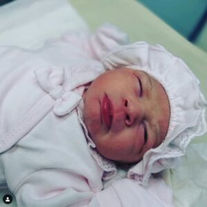 Baby Dances To Father's Guitar Sound In The Womb2.dailyfamily.ng